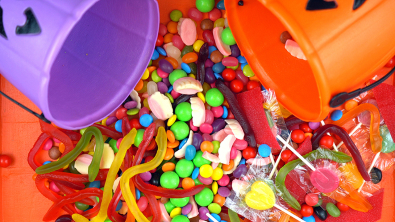 lansing sets official trick-or-treating hours