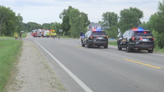 Man, woman killed in 2-car crash in Eaton Rapids