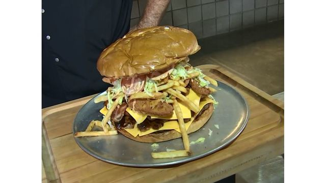 Arizona Cardinals challenge fans to eat $75 belly busting burger